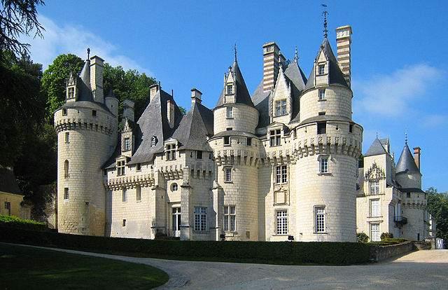dvorac isi