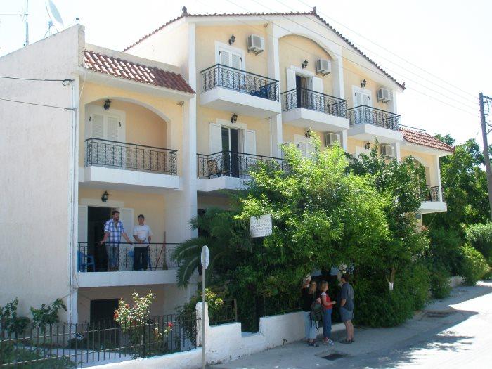 vila makedonija poros